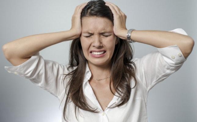 После вина болит голова что делать