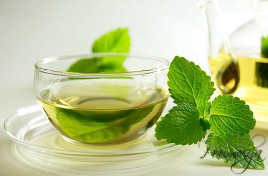 zeleniy chay pri pohmelye