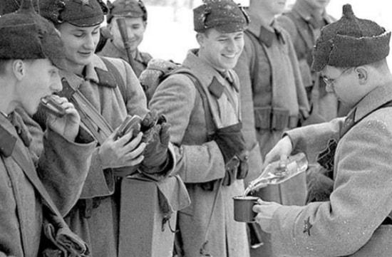 Алкоголь в военное время