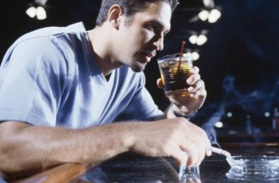 грань между пьянством и алкоголизмом