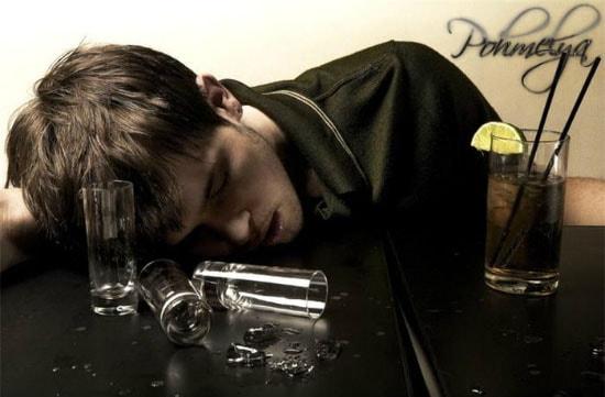 кого можно считать алкоголиком