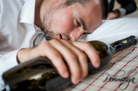 причина смерти от алкогольных напитков